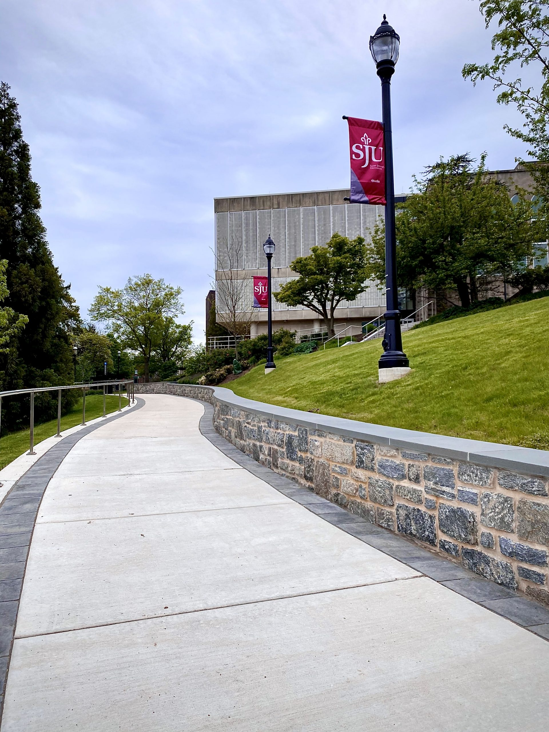 St. Joseph's University Walkway